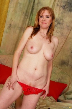 Melda outcall escorts in Quincy